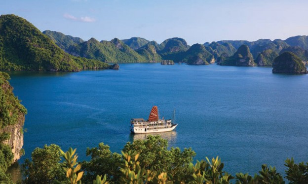 Halong Bay 1 day – 5 hours boat trip
