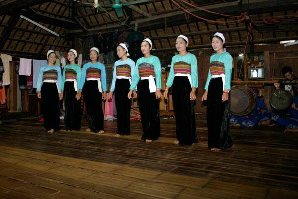 Mai Chau tour 1 day