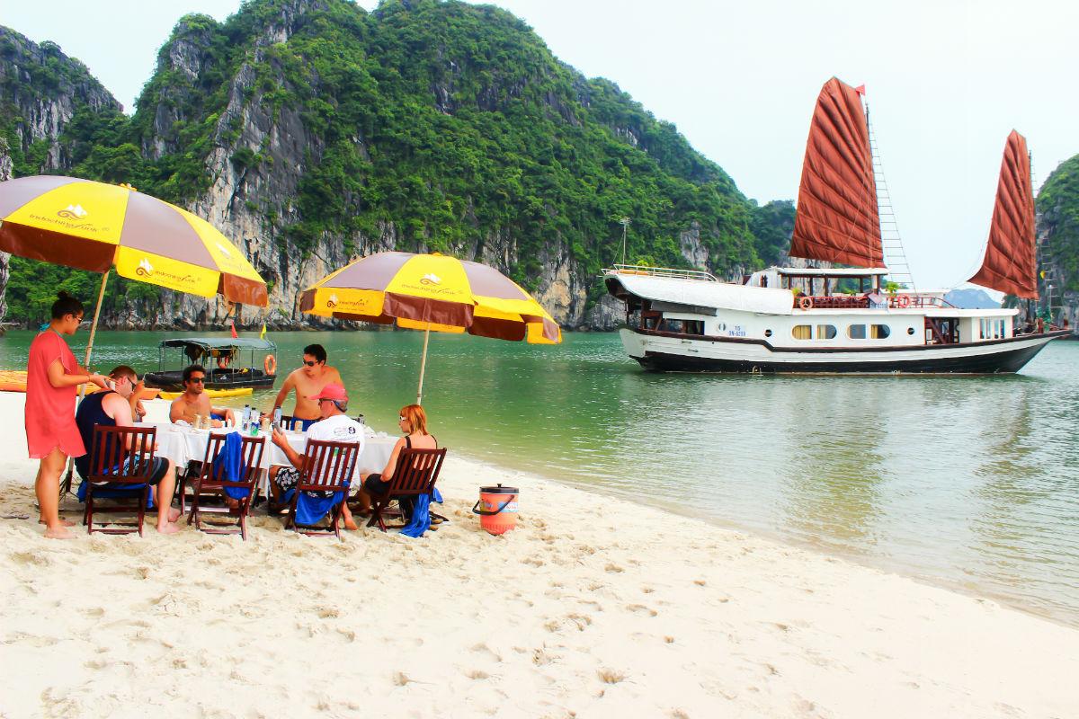Hanoi – Halong Bay – Ninh Binh – Sapa 6D/5N