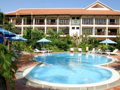 River Beach Resort & Spa