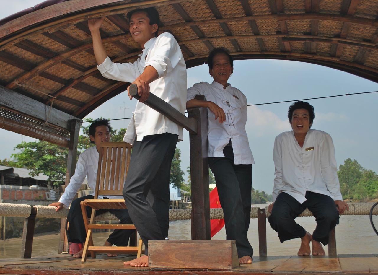 Song Xanh Sampan Cruises