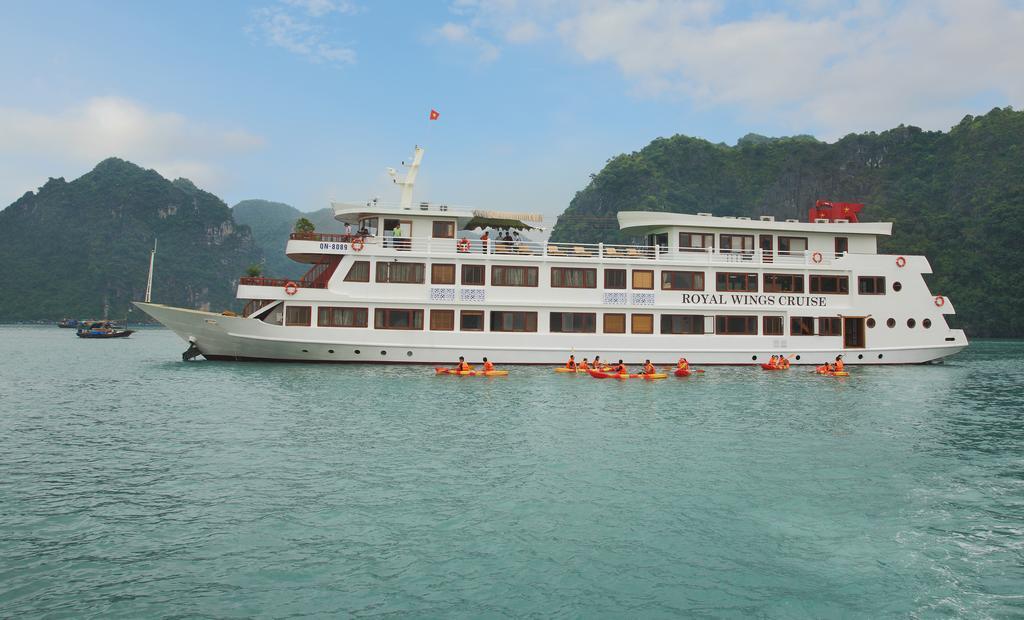Royal Wings Cruise