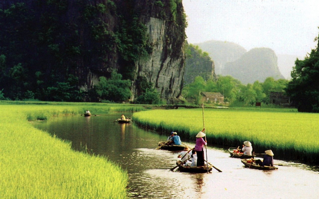 Highly & Relaxing Vietnam 12D/11N