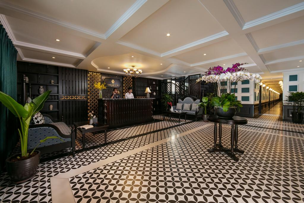 Luxury boutique: Genesis Regal + The Light hotel + Hanoi food tour